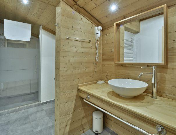 Chambre11_Lilas Hotel (3)